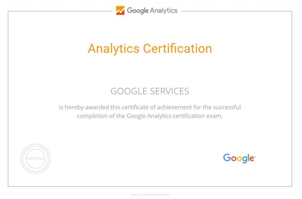 לחצו על התמונה לצפייה בהסמכת Google Analytics של חברת נקודה
